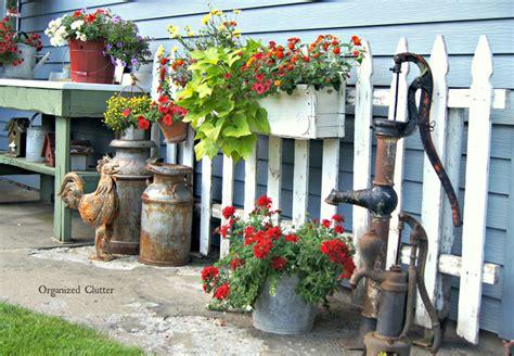 garden junk ideas galore    organized clutter