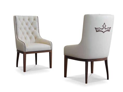 chaise capitonnee chaise capitonnée rembourrée en cuir poem by formenti