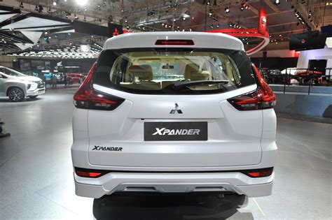 mitsubishi expander giias mitsubishi xpander at giias 2017 live rear view indian
