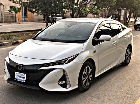 In Hybrid Cars 2017 by Toyota Prius Phv In Hybrid 2017 For Sale In Lahore