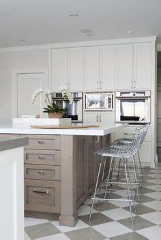 sustainable kitchen flooring sherwin williams dorian gray cabinets urbane bronze 2626