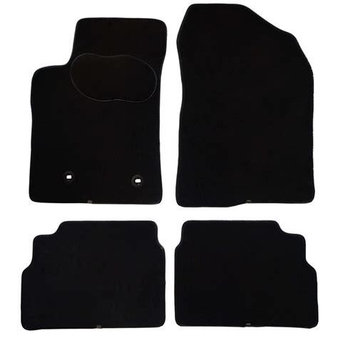 tapis de sol norauto jeu complet de tapis sur mesure noir en moquettes norauto premium norauto fr