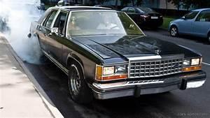 1991 Ford Ltd Crown Victoria Sedan Specifications