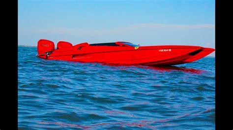 Ferrari's most significant step into yachting seems to however have come in 2016, when piero ferrari, the son of ferrari founder, enzo ferrari, bought 13.2% of ferretti group, the company behind brands. Hustler Talon Ferrari Boat 2014 LOTO Poker Run Shooout - YouTube