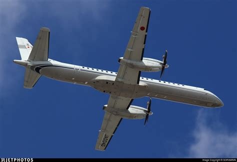 civil aviation bureau ja004g saab 2000 civil aviation bureau jetphotos