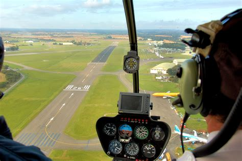 File:Robinson r44 astra helicopter view at kemble arp.jpg ...