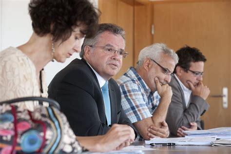 sandro siege social l 39 exécutif de la chaux de fonds a siégé dans le calme