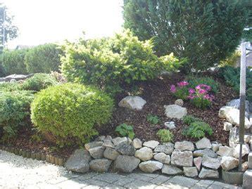 Karpf Garten  Gehölze Und Rabatten