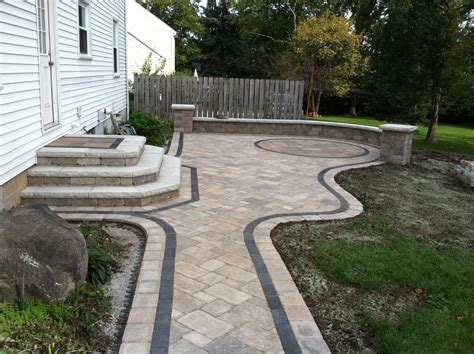 retaining wall blocks canada landscaping st louis unilock paver steps and planting walls pavers