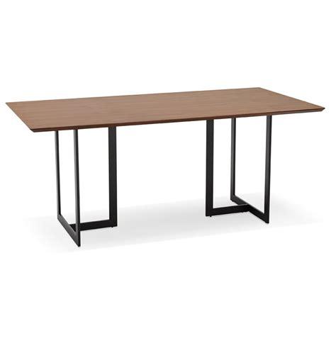 table de bureau design table design titus en bois de noyer bureau moderne 180x90 cm