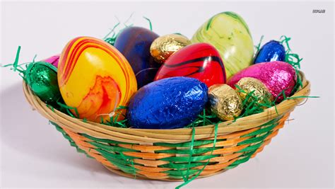 decorative easter eggs decorative easter eggs and candy wallpaper holiday wallpapers 1358