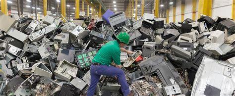 Cresce la raccolta dei rifiuti elettrici ed elettronici ...