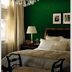 1000+ Ideas About Green Bedroom Walls On Pinterest Green