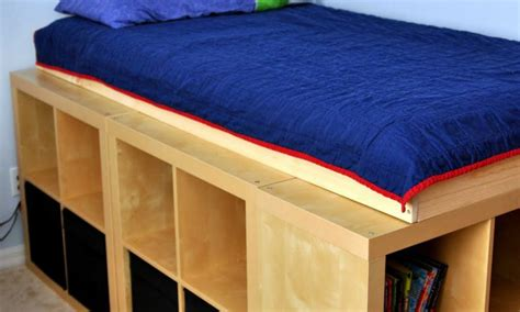 lit avec rangement avec kallax ou expedit
