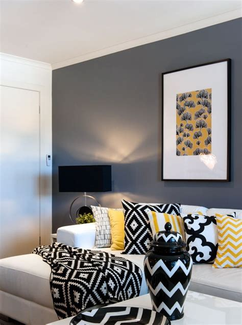 Black White Statement Decor by A Look At Cathy Elsmore S Black Yellow And White Living