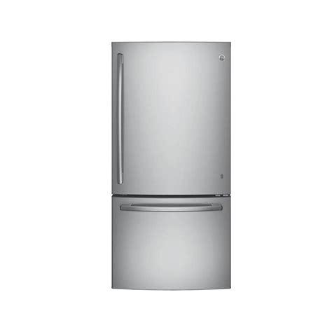 GE 33 in W 249 cu ft Bottom Freezer Refrigerator in