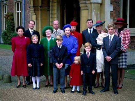 Merry Royal Christmas to everybody!!! *Remembering my last ...