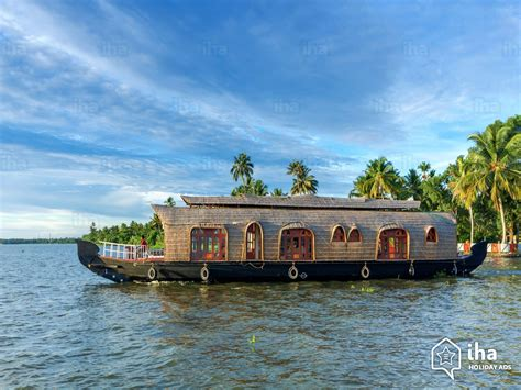 Kerala Houseboat Vacation by Kumarakom Rentals For Your Vacations With Iha Direct