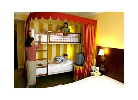 chambre d h e metz magic circus hotel at disneyland reservation magic