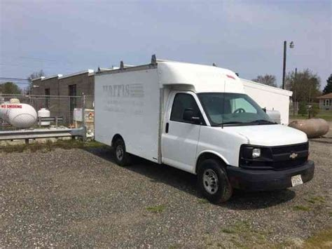 2005 Chevy Trucks by Chevrolet Express Box Truck 2005 Box Trucks