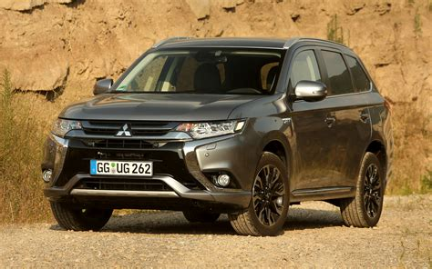 mitsubishi outlander phev wallpapers  hd images