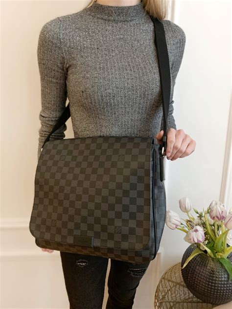 louis vuitton district mm damier graphite canvas messenger luxury bags