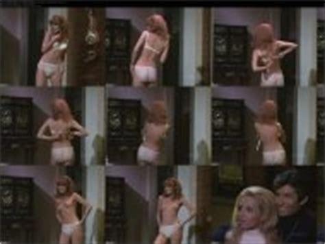 Nackt  Lisa Farringer Sex in