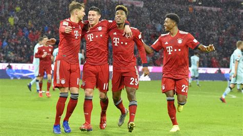 We would like to show you a description here but the site won't allow us. Historisch: FC Bayern München stellt Torrekord in der ...