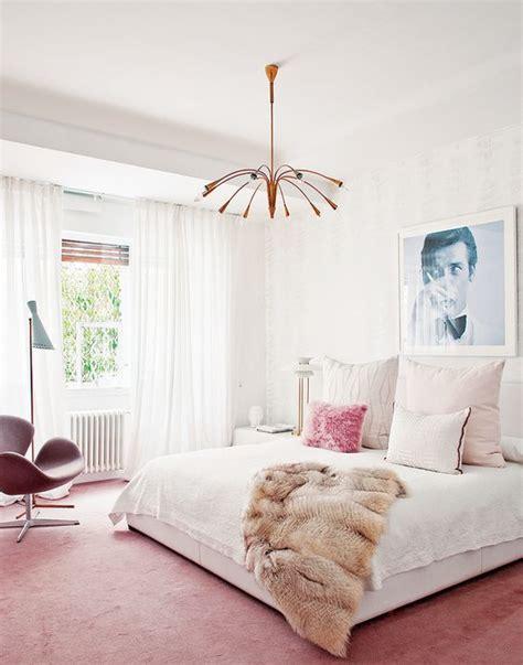 meubler une chambre comment meubler et décorer une chambre à coucher féminine