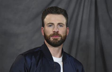 Chris Evans Sending Boy A Captain America Shield - Simplemost