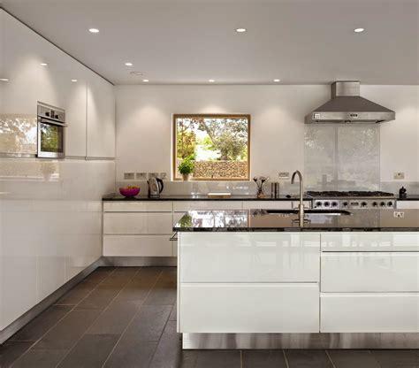 inspirasi  ventilasi dapur minimalis