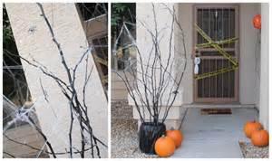 DIY Outdoor Halloween Decorations Spooky Tree