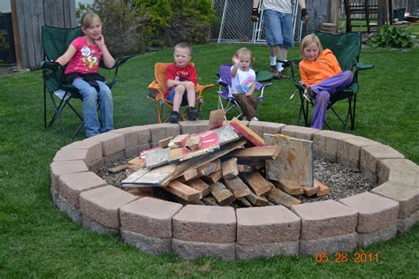 Backyard Fire Pit Ideas That Enhance The Look Of Your