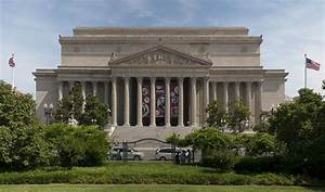 National Archives Building - Wikipedia