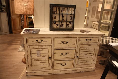 distressing furniture the secrets behind distressed furniture and shabby chic decors