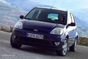 Ford Fiesta 2003 : ford fiesta 5 doors 2002 2003 2004 2005 autoevolution ~ Medecine-chirurgie-esthetiques.com Avis de Voitures