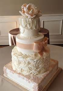 hochzeitstorten fondant cake wedding cakes 2009401 weddbook