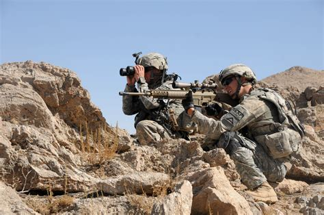 army recon scout file 4th infantry rgt on reconnaissance mission off