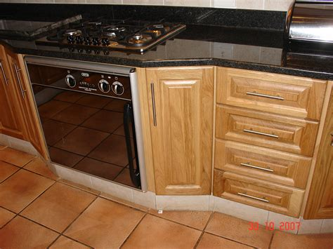 Cupboard Kitchens by Oak Cupboards Nico S Kitchens