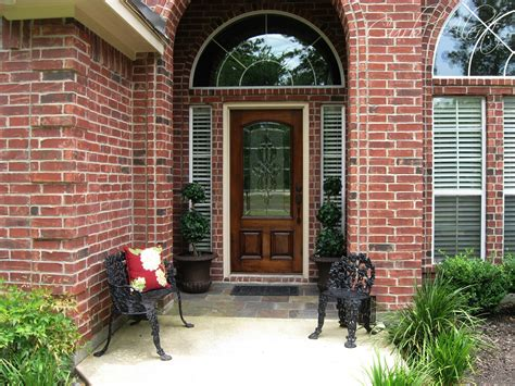 Curb Alert!  Updating Curb Appeal {front Door Refinishing