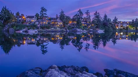 Amazing Reflection Of Vancouver Island, Canada Wallpaper
