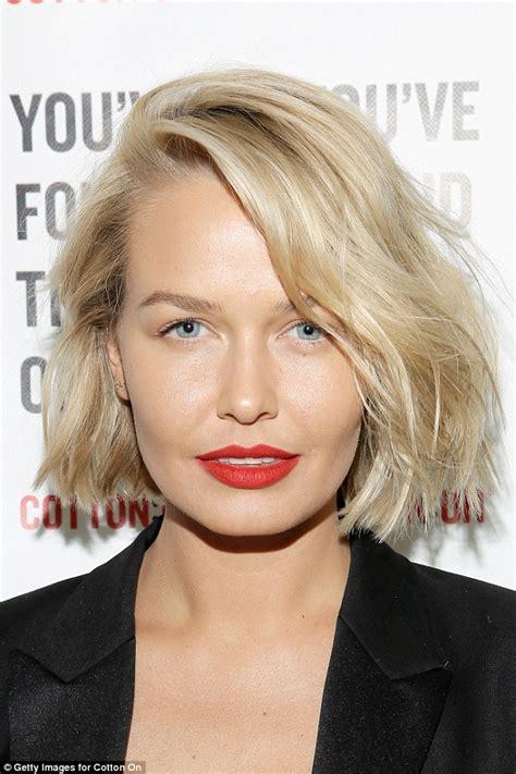 lara bingle hair style x factor s natalie bassingthwaighte unveils new 7484