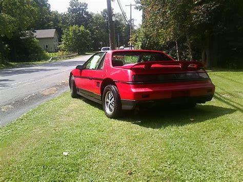 Pontiac Fiero Se by Sell Used 1986 Pontiac Fiero Se Coupe 2 Door 2 8l Vin