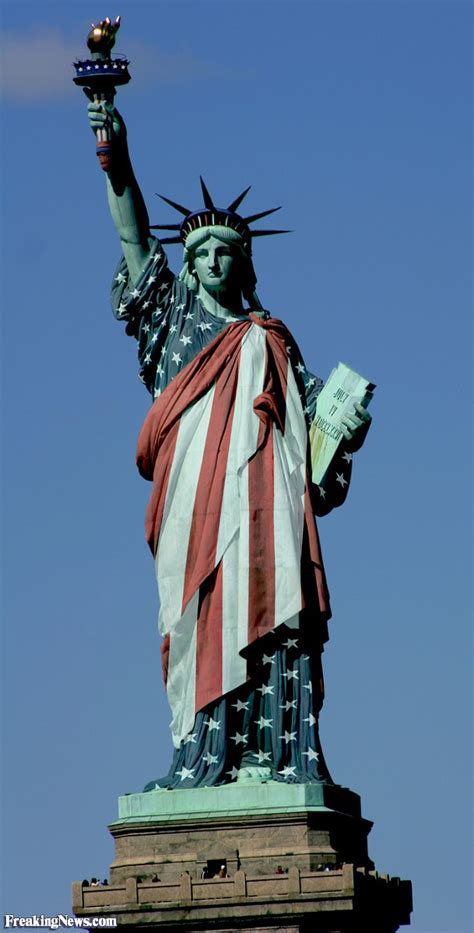 statue  liberty dressed   american flag pictures