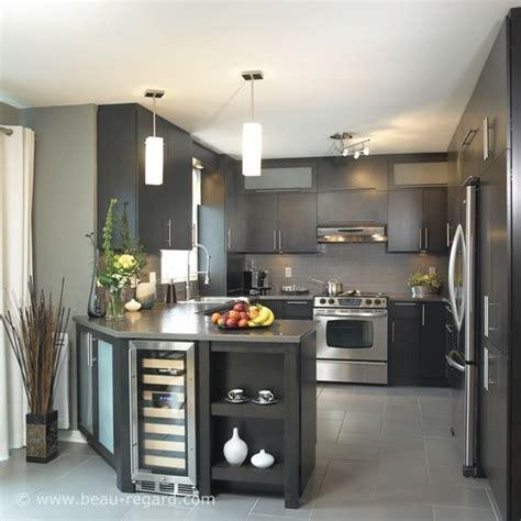 couleur d armoire de cuisine idée relooking cuisine couleurs ton gris armoire