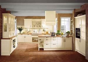 Küchen Landhausstil Mediterran : mediterrane landhausk che mit insel und k chenbuffet in vanille ~ Sanjose-hotels-ca.com Haus und Dekorationen