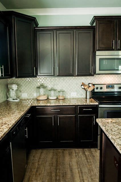 weekly meal plan  backsplash  dark cabinets