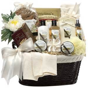 wedding gift basket memorable wedding unique wedding gift baskets for the newlyweds
