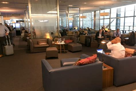 Review British Airways Business Class Airport Lounge San
