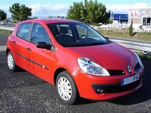 Clio Rouge : clio 3 rouge ~ Gottalentnigeria.com Avis de Voitures